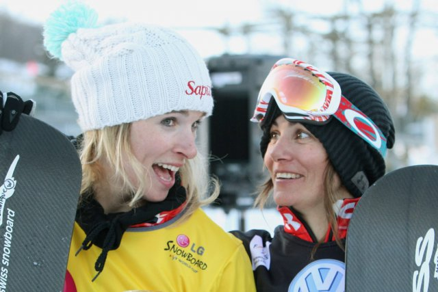 Dominique Maltais et Maëlle Ricker... (PHOTO DAVE CHIDLEY, ARCHIVES PC)