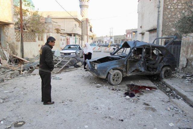 Dimanche, une première série d'attaques avaient fait 19... (PHOTO AKO RASHEED, REUTERS)