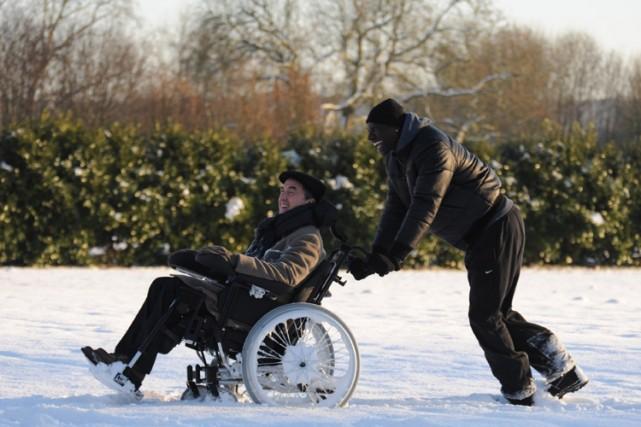Une scène de la comédie Intouchables.... (Photo: fournie par Alliance Vivafilm)