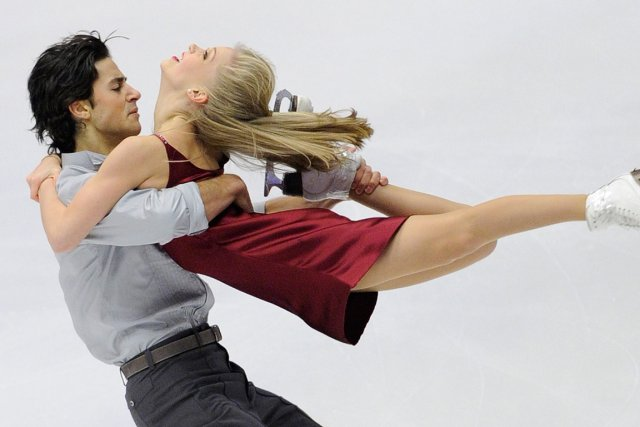 Andrew Poje et Kaitlyn Weaver... (Photo: AFP)