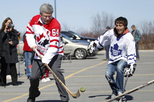 Stephen Harper a mis en garde contre la... (Photo: Reuters)