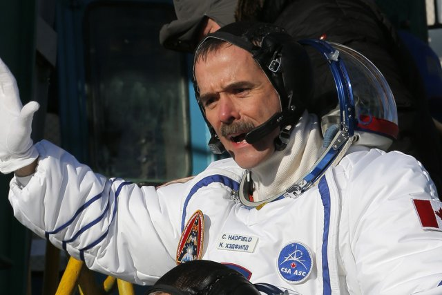 L'astronaute Chris Hadfield sera le deuxième Canadien à... (Photo: AP)