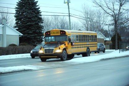 Il s'en faut de bien peu pour perturber un enfant. Devoir voyager par autobus... (Archives La Tribune)
