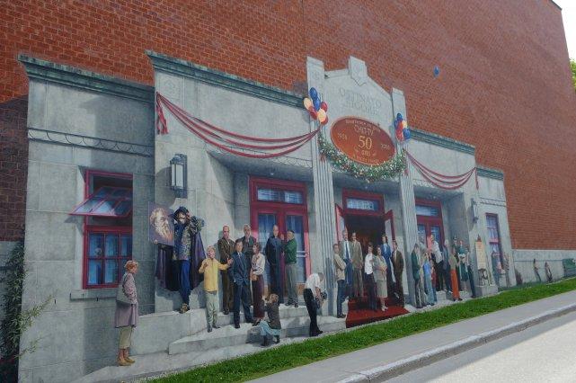 La 13e murale de MURIRS, réalisée l'été dernier, était-elle la dernière? La... (Archives La Tribune, Claude Poulin)