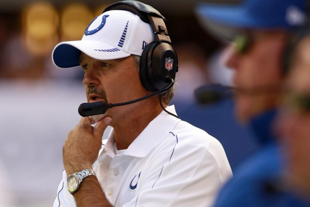 L'entraîneur-chef des Colts d'Indianapolis, Chuck Pagano, est en... (Photo: Reuters)