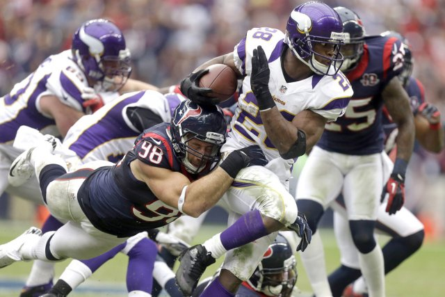 Les Vikings du Minnesota ont affronté les Texans... (Photo : Patric Schneider, AP)