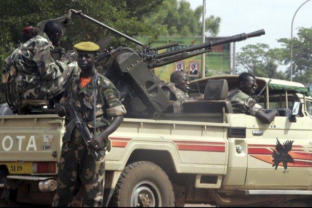 Les forces armées centrafricaines ont déclenché vendredi une contre-offensive... (PHOTO ISSOUF SANOGO, ARCHIVES AFP)
