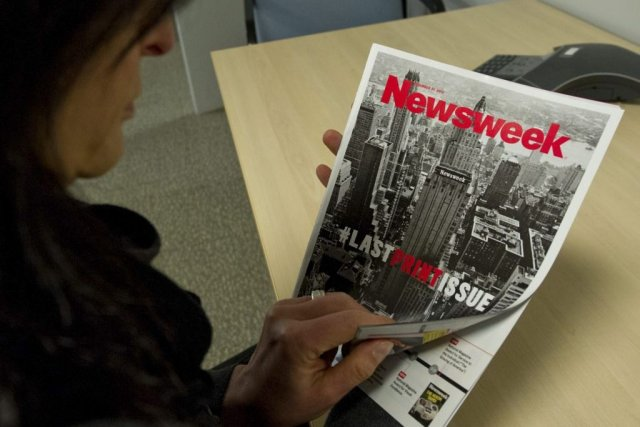 La dernière version papier du magazine Newsweek.... (AFP PHOTO / Karen BLEIER)