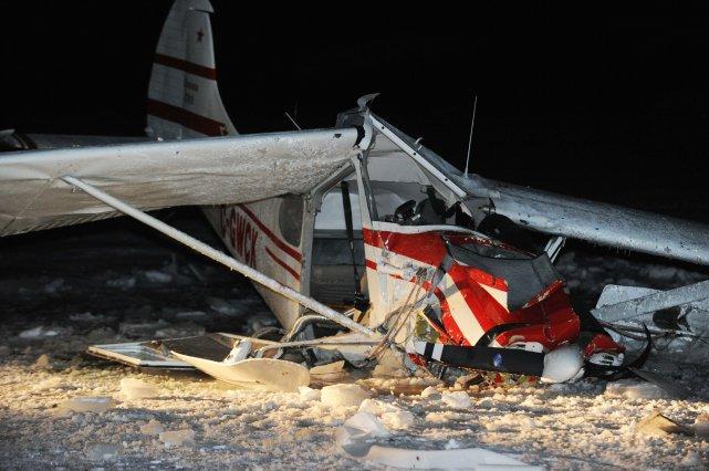 L'avion s'est écrasé sur un lac gelé à... (PHOTO: SYLVAIN MAYER)