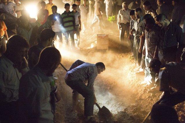 L'enterrement d'un soldat de l'armée syrienne, en pleine... (Photo Édouard Plante-Fréchette, archives La Presse)