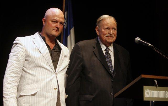 Michel Brûlé au lancement du livre de Jacques... (Photo Robert Skinner, La Presse)