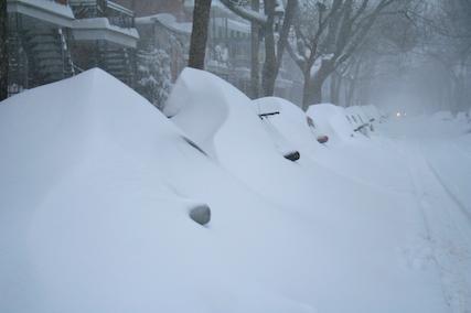 Déneiger son véhicule prend quelques minutes et peut... (Photo fournie par Claude Grenier)