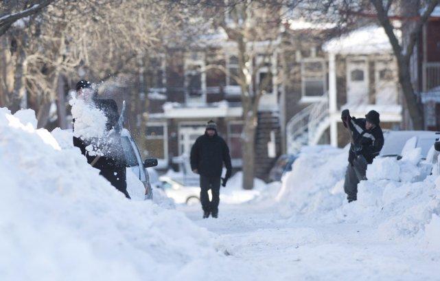 Des  précipitations records de 45 centimètres sont... (La Presse Canadienne)