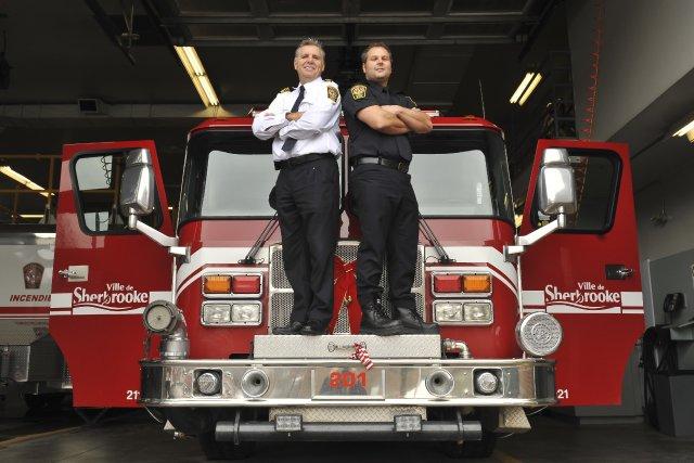 Les pompiers Serge Collins, directeur adjoint aux opérations,... (IMACOM, Jessica Garneau)