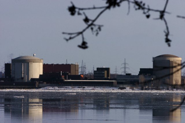 Le combustible irradié doit être entreposé dans une... (PHOTO FRANÇOIS GERVAIS, ARCHIVES LE NOUVELLISTE)