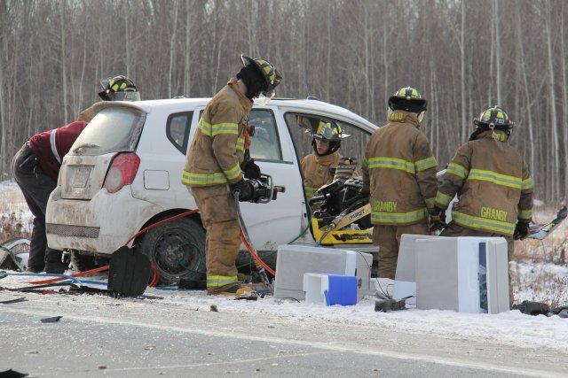 La collision entre les deux véhicules est survenue... (photo: la voix de l'est)