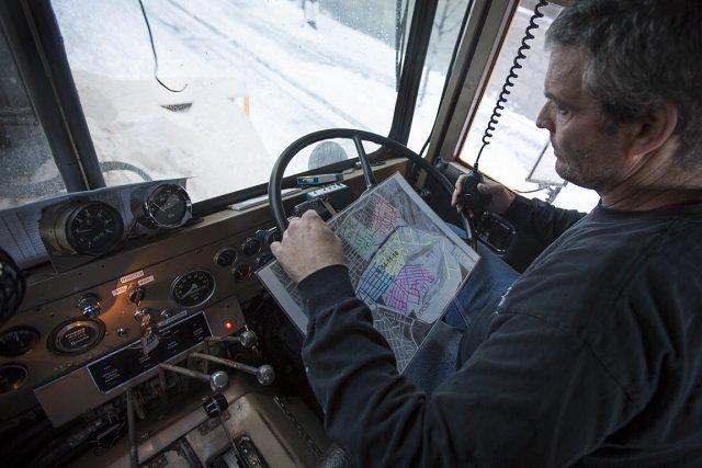 Selon la loi, les conducteurs comme Michel Boucher... (Photo: Olivier PontBriand, La Presse)