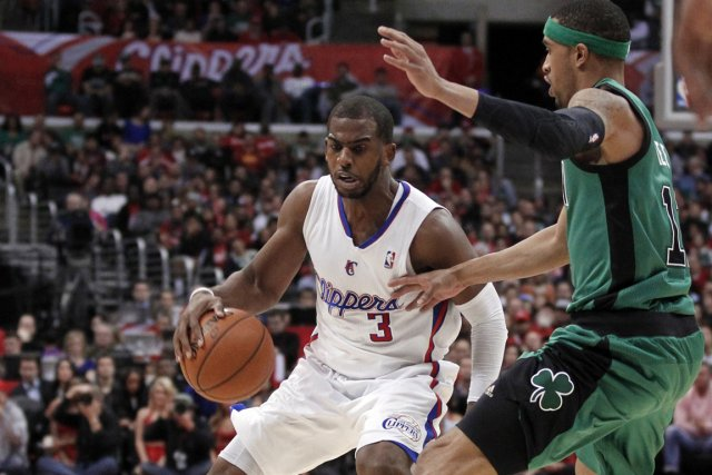 Chris Paul a réussi deux lancers francs à... (Photo : Danny Moloshok, Reuters)
