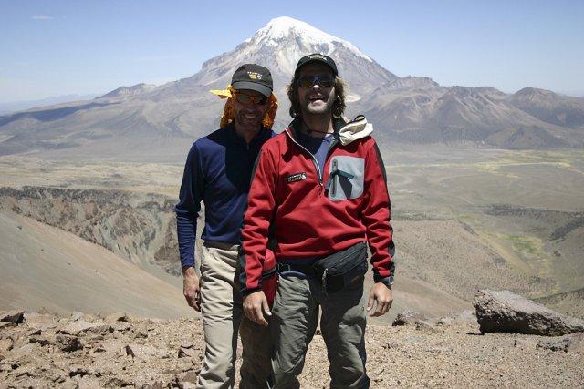 Le cardiologue Michel White (à gauche) sur une... (Photo: Sébastien Larose, archives Le Soleil)