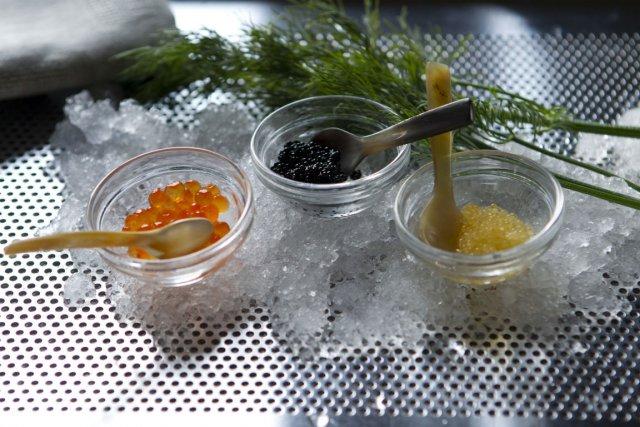 Caviars de saumon, de lompe et de corégone.... (Photo Martin Chamberland, La Presse / Accessoires fournis par la boutique Les Touilleurs)