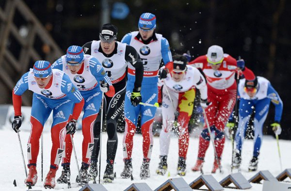 Le gagnant de la course, le Russe Maxim... (Associated Press)