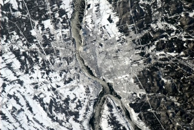 La ville de Québec, vue de la station... (Photo Chris Hadfield)