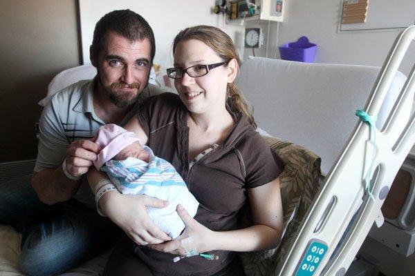 La petite Madison est née deux minutes après... (Patrick Woodbury, LeDroit)