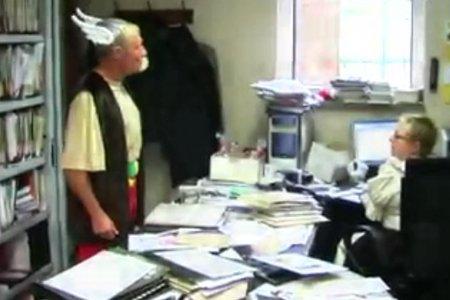 Le bourgmestre (maire) de la commune belge où Gérard Depardieu a acheté une... (Image tirée d'une vidéo)