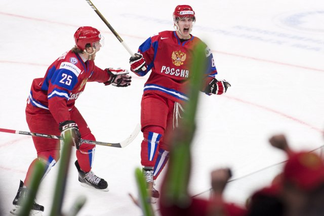 Le Russe Nikita Kucherov (à droite) a marqué... (Photo: PC)