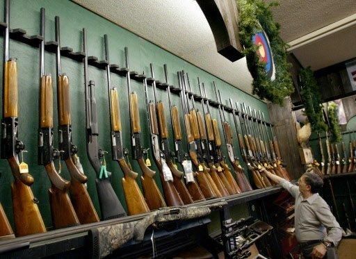 La problématique des armes à feu est loin d'être, au Canada, celle vécue aux...