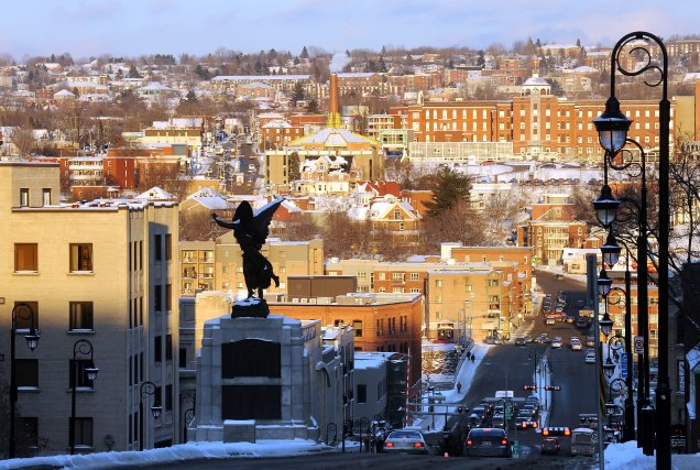 Le dynamisme économique de Sherbrooke pâlit, au point où la capitale des... (Archives La Tribune)