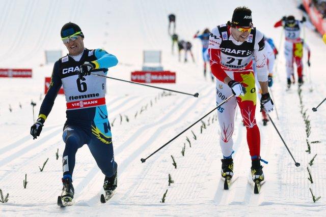 Le Kazakh Alexey Poltoranin (à gauche) a remporté... (Photo: AFP)