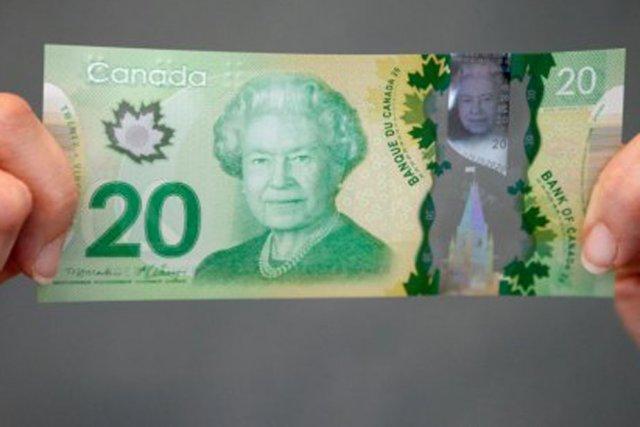 Le nouveau billet de 20 $, fait de... (Photo: Le Droit)