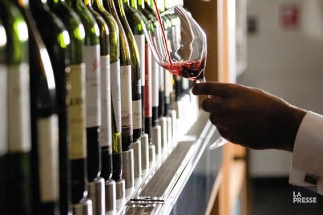 Selon la célèbre revue Wine Advocate, le meilleur vin de 2012 est un ... (Archives, LeDroit)