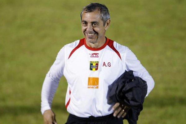 Alain Giresse... (Photo: Reuters)