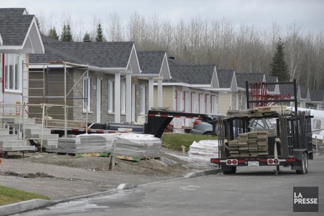 Les mises en chantier d'habitation dans la région métropolitaine de Saguenay se... (Photo archives)
