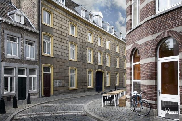 Une rue résidentielle de Maastricht, aux Pays-Bas.... (Photo: Peter Szustka, Photos.com)