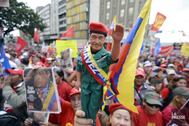 Les partisans d'Hugo Chavez se sont rassemblés en... (PHOTO LEO RAMIREZ, AFP)