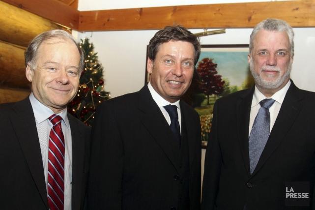 Raymond Bachand, Pierre Moreau et Philippe Couillard sont... (Photo Patrick Woodbury, archives Le Droit)