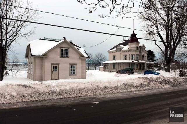 La construction d'une résidence de style contemporain à... (Photo Le Soleil, Patrice Laroche)