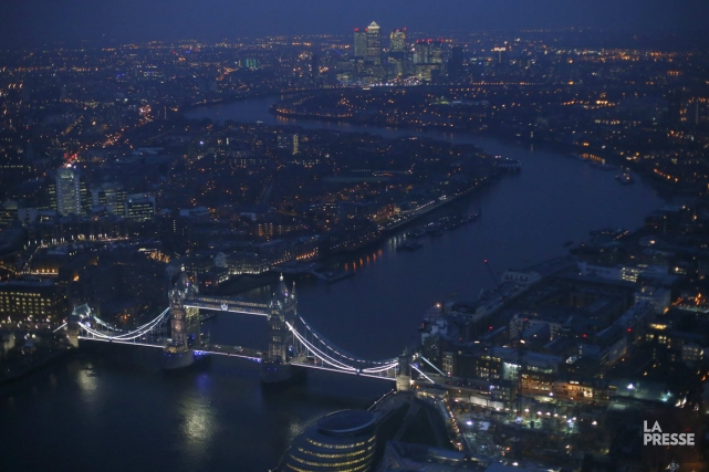 Londres la nuit vue du Shard.... (Photo AP)