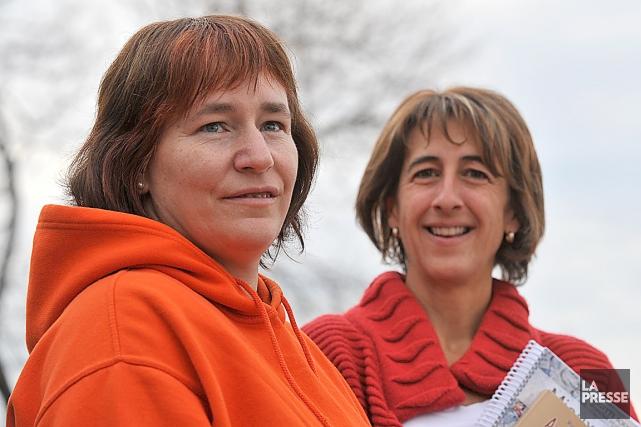 La psychoéducatrice Brigitte Soucy (à droite) et la... (Photothèque Le Soleil, Steve Deschênes)