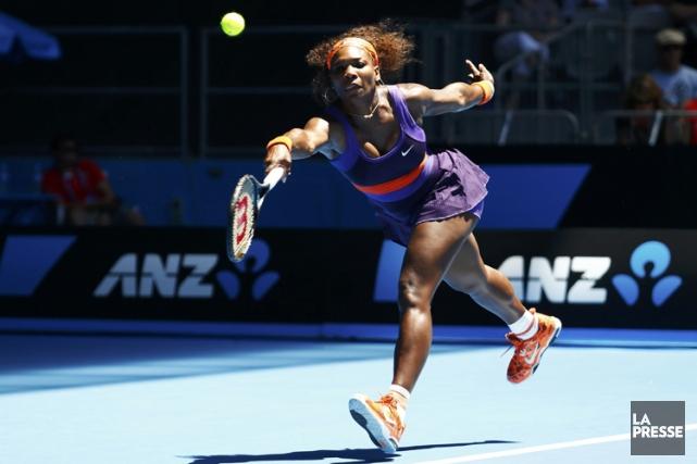 Serena Williams a surmonté une blessure à la cheville droite pour l'emporter... (Photo: Reuters)