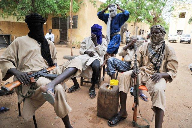 Des combattants du MUJAO à Gao, dans le... (PHOTO ISSOUF SANOGO, ARCHIVES AFP)