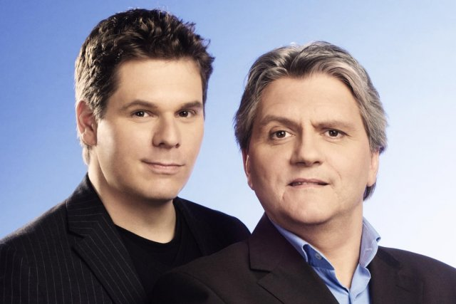 Patrick Lagacé et Richard Martineau coaniment Les francs-tireurs... (Photo: fournie par Télé-Québec)
