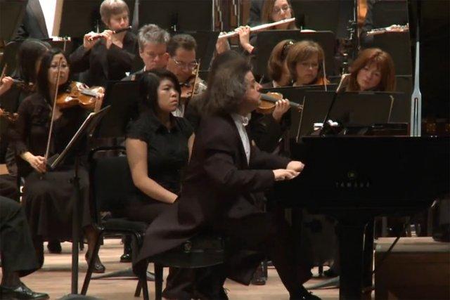 Déjà que le titre Concerto de l'asile faisait appréhender le pire,... (Photo: tirée d'une vidéo)