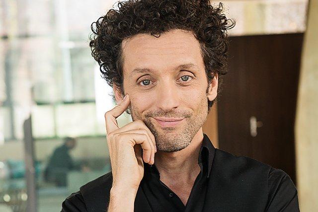 André Sauvé, l'humoriste qui se pose le plus... (Photo Caroline Hayeur)