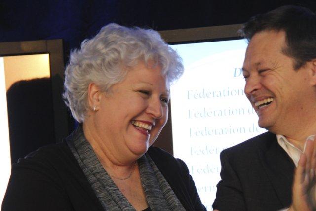 L'instigatrice du projet, Maria Labrecque-Duchesneau, et le président... (photo janick marois)