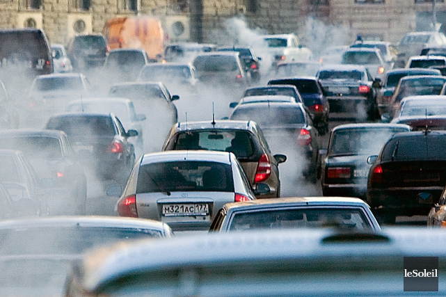 L'exposition à la pollution de l'air entraînerait une mortalité accrue pour les... (Photothèque Le Soleil)