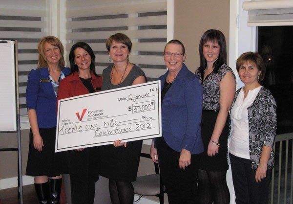 L'organisme Célébration 2012 a remis une somme de 35 000 $ à laFondation du... (Courtoisie)